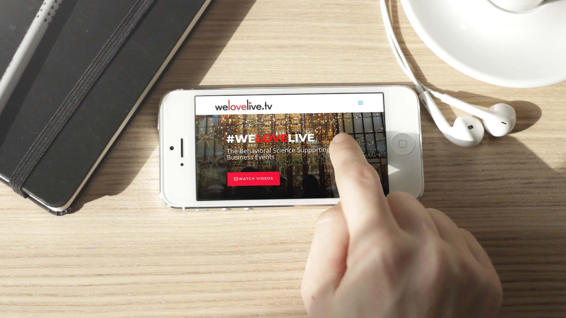mobile web design for welovelive.tv